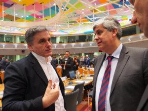Eurogroup: Πλώρη για τη δόση με… νέες απαιτήσεις από τους δανειστές