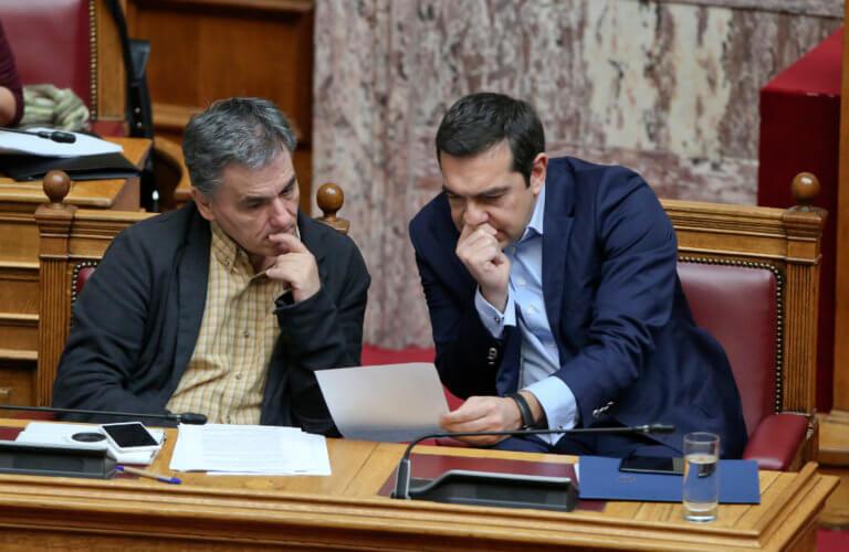 Πασχαλινό… «μέρισμα» Τσίπρα με άρωμα εκλογών – Τι προβλέπουν τα νέα μέτρα