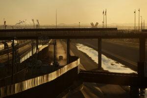 ΗΠΑ: Ρίχνουν τους τόνους για το κλείσιμο των συνόρων με το Μεξικό