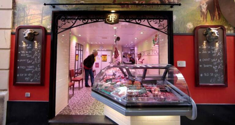 Γαλλία: Vegan ακτιβιστές επιτέθηκαν σε κρεοπωλεία κι εστιατόρια