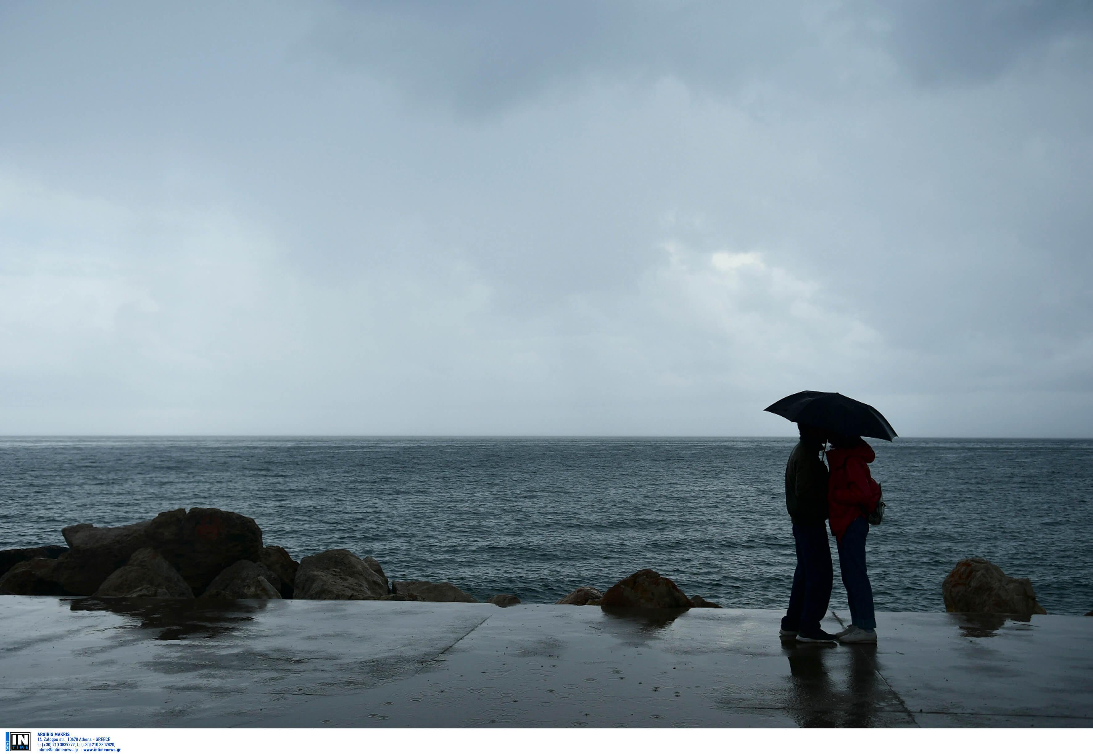 Καιρός: Ποιοι θα κρατήσουν ομπρέλα την Ανάσταση - Χάρτες από τον Σάκη Αρναούτογλου