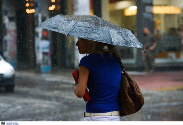 Καιρός: Άστατος με βροχές, καταιγίδες και αφρικανική σκόνη