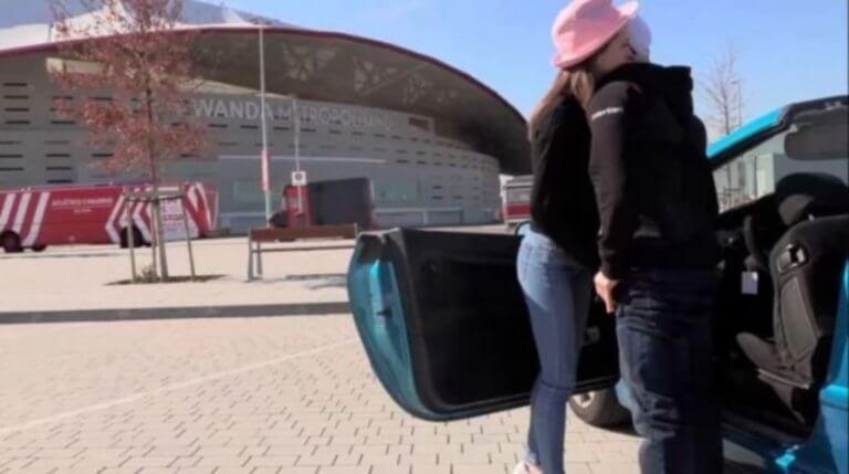 Γύρισαν ταινία πορνό έξω από το γήπεδο της Ατλέτικο Μαδρίτης! – video