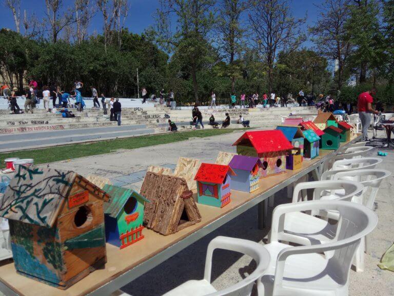 Χανιά: Μαθητές καθάρισαν κεντρικό πάρκο της πόλης – Αλλαγή σκηνικού μετά τις παιδικές προσπάθειες [pics]