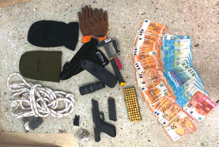 Παγκράτι: Στη «φάκα» της αστυνομίας έπεσαν δυο διαρρήκτες