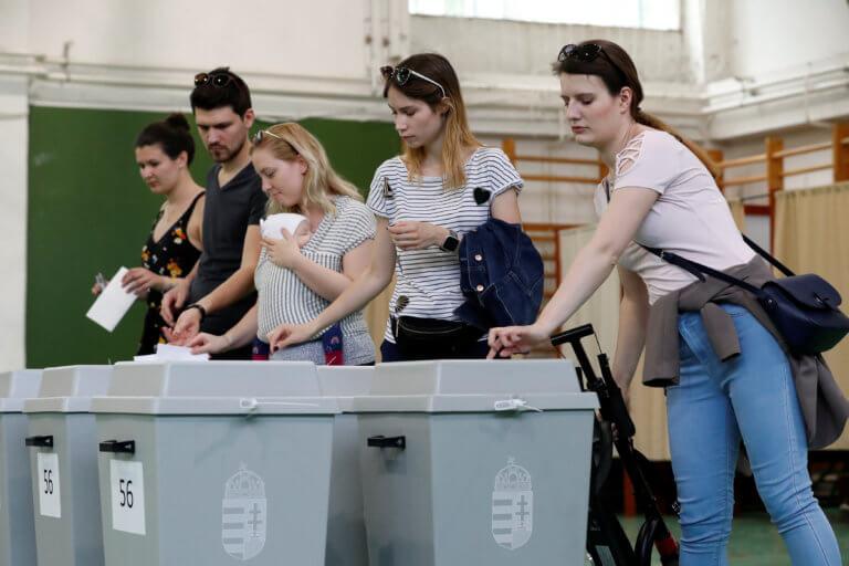 Ευρωεκλογές 2019: Αυξημένη προς ώρας η συμμετοχή στην Ανατολική Ευρώπη