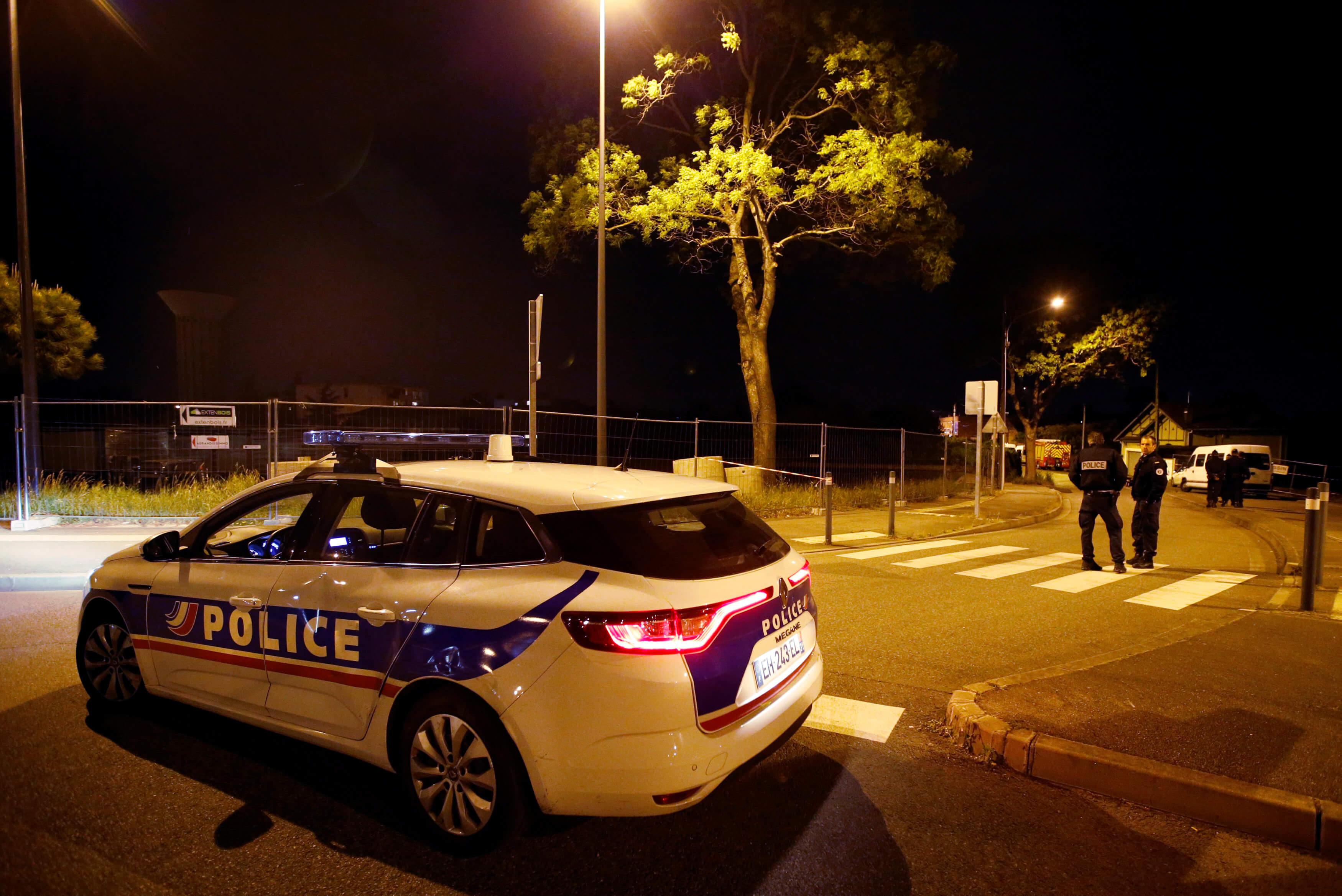 Μακελειό στη Γαλλία: 48χρονος σκότωσε τρεις αστυνομικούς – Κρατούσε όμηρο τη γυναίκα του