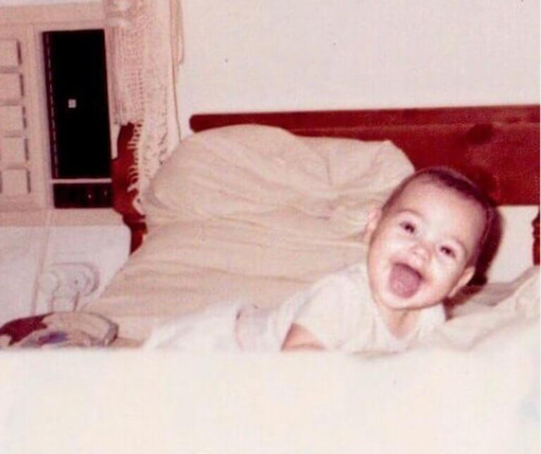 Ποια διάσημη σταρ είναι το μωρό της φωτογραφίας;