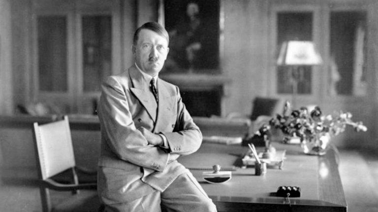 Ο Αδόλφος Χίτλερ μόλις… εξελέγη στη Ναμίμπια! (pics)
