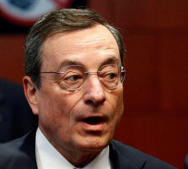 Financial Times: Η ευρωζώνη χρειάζεται κάποιον πιο τολμηρό από τον Ντράγκι