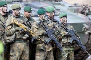 Βόρεια Μακεδονία: Περιμένουν την ηγεσία του ΝΑΤΟ – Στρώνουν κόκκινο χαλί!