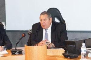 Καμμένος: Οι αποστάτες βουλευτές των ΑΝΕΛ αντάλλαξαν τη θέση τους με τον προεδρικό θώκο