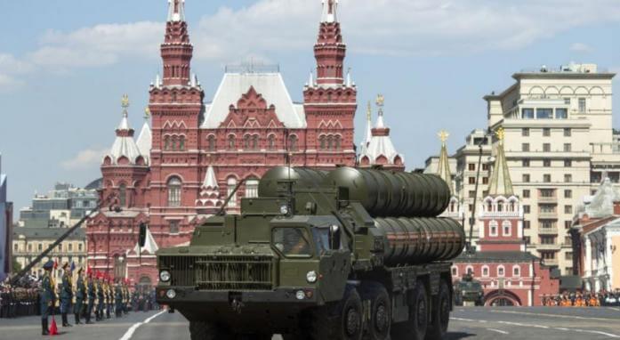 «Εξοργισμένη» η Μόσχα με το «τελεσίγραφο» των Αμερικανών στην Τουρκία για τους S-400!