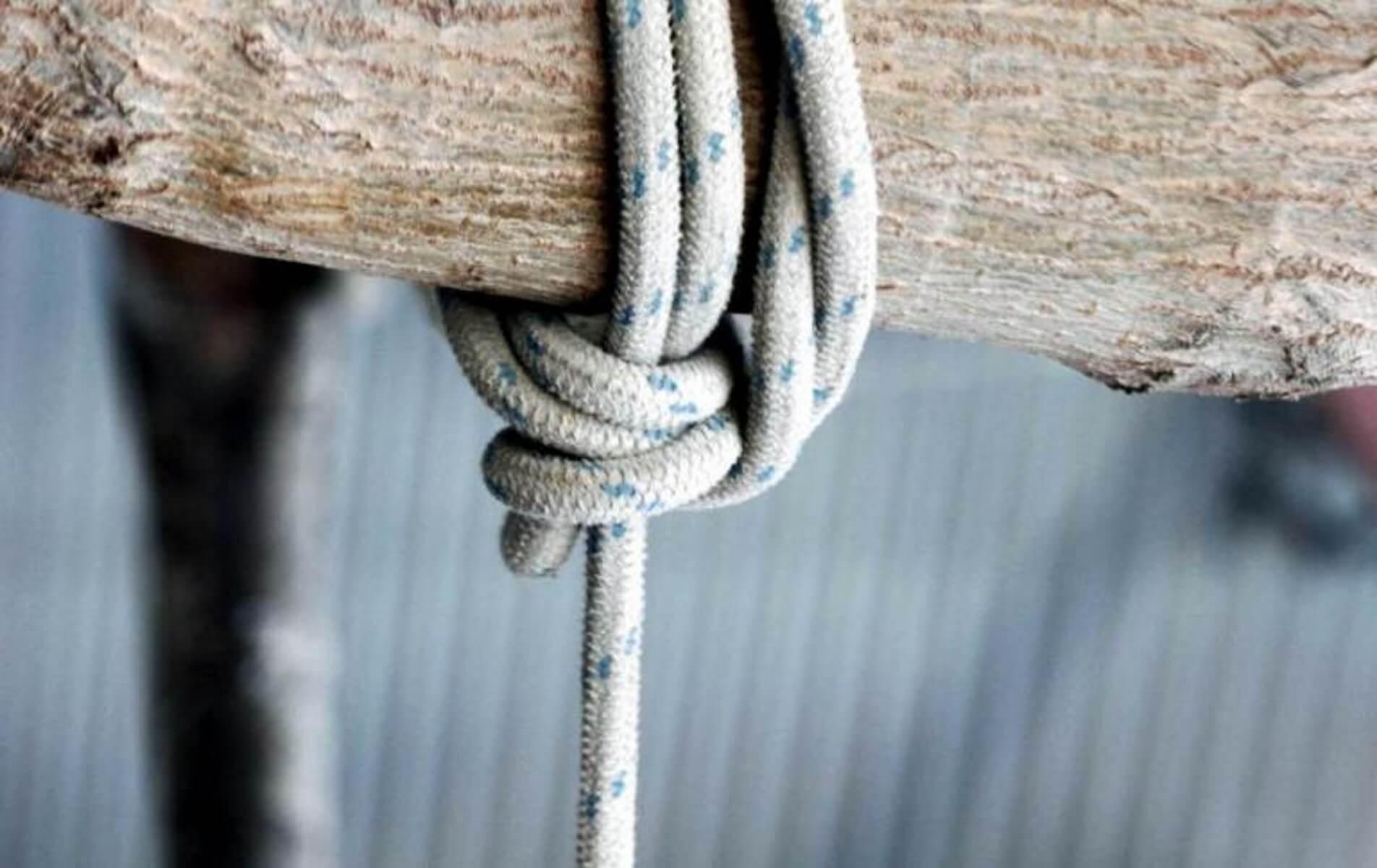 Χανιά: Άνδρας βρέθηκε κρεμασμένος σε χωράφι