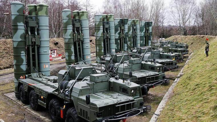 Νέο «μήνυμα» Τσαβούσογλου: Είμαστε έτοιμοι να παραλάβουμε τους S-400 από τη Ρωσία!