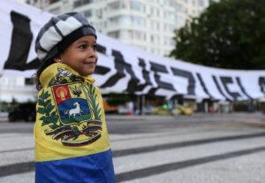 Κατρούγκαλος για Βενεζουέλα: Συντασσόμαστε με την Ευρώπη – Σκληρή επίθεση από το ΚΚΕ