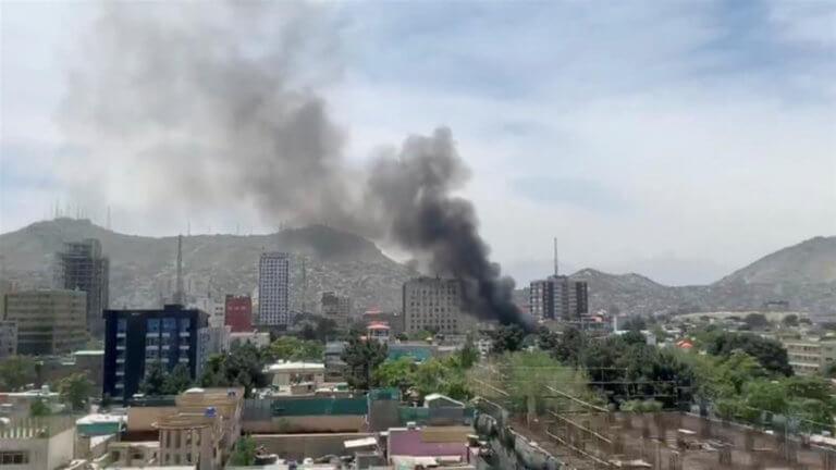 Αφγανιστάν: Τρεις νεκροί από βόμβα σε τέμενος στην Καμπούλ