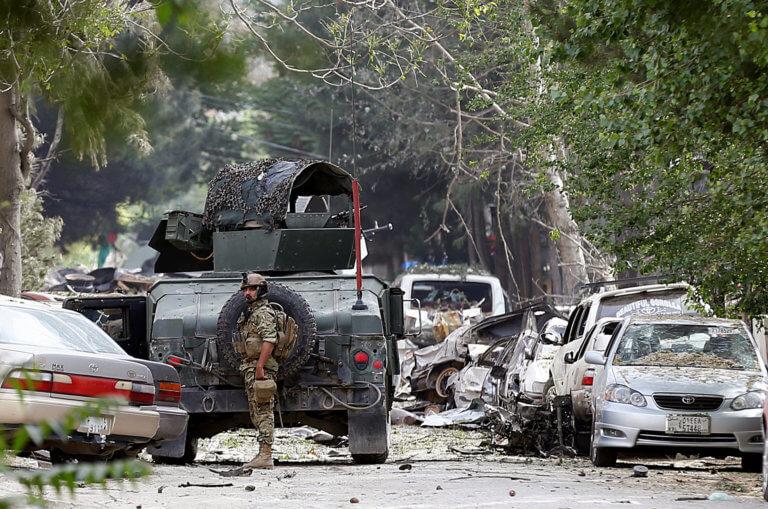 Αφγανιστάν: Βομβάρδισαν κρησφύγετα των Ταλιμπάν – 37 νεκροί