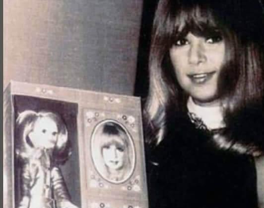 Αλίκη Βουγιουκλάκη: Όταν έγινε κούκλα το 1967 με τρελές πωλήσεις! Φωτογραφίες