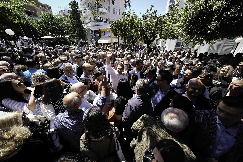 Αποθεώθηκε στην Άρτα ο Τσίπρας - «Είσαι και θα είσαι ο πρωθυπουργός»