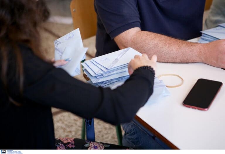 Αποτελέσματα εκλογών: «Γαλάζια» μάχη στο δεύτερο γύρο στην Περιφέρεια Βορείου Αιγαίου