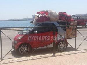 """Σύρος: Τους """"κούφανε"""" ο οδηγός του Smart – Πήγε έτσι να μπει στο πλοίο για Πειραιά [pics]"""