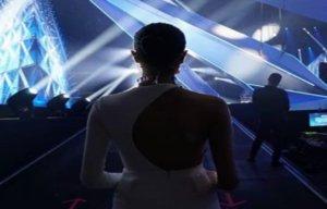 Eurovision 2019: Χαμός με τους οικοδεσπότες και την απλήρωτη παρουσιάστρια! [pics, vid]