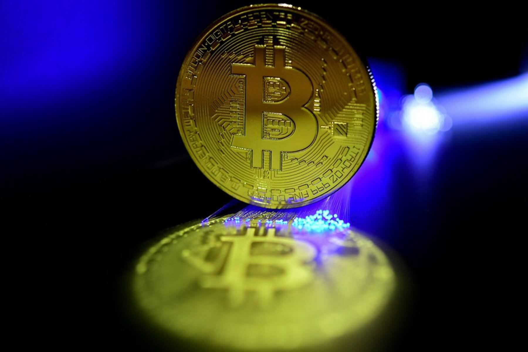 Bitcoin: Έσπασε το ιστορικό φράγμα των 60.000 δολαρίων