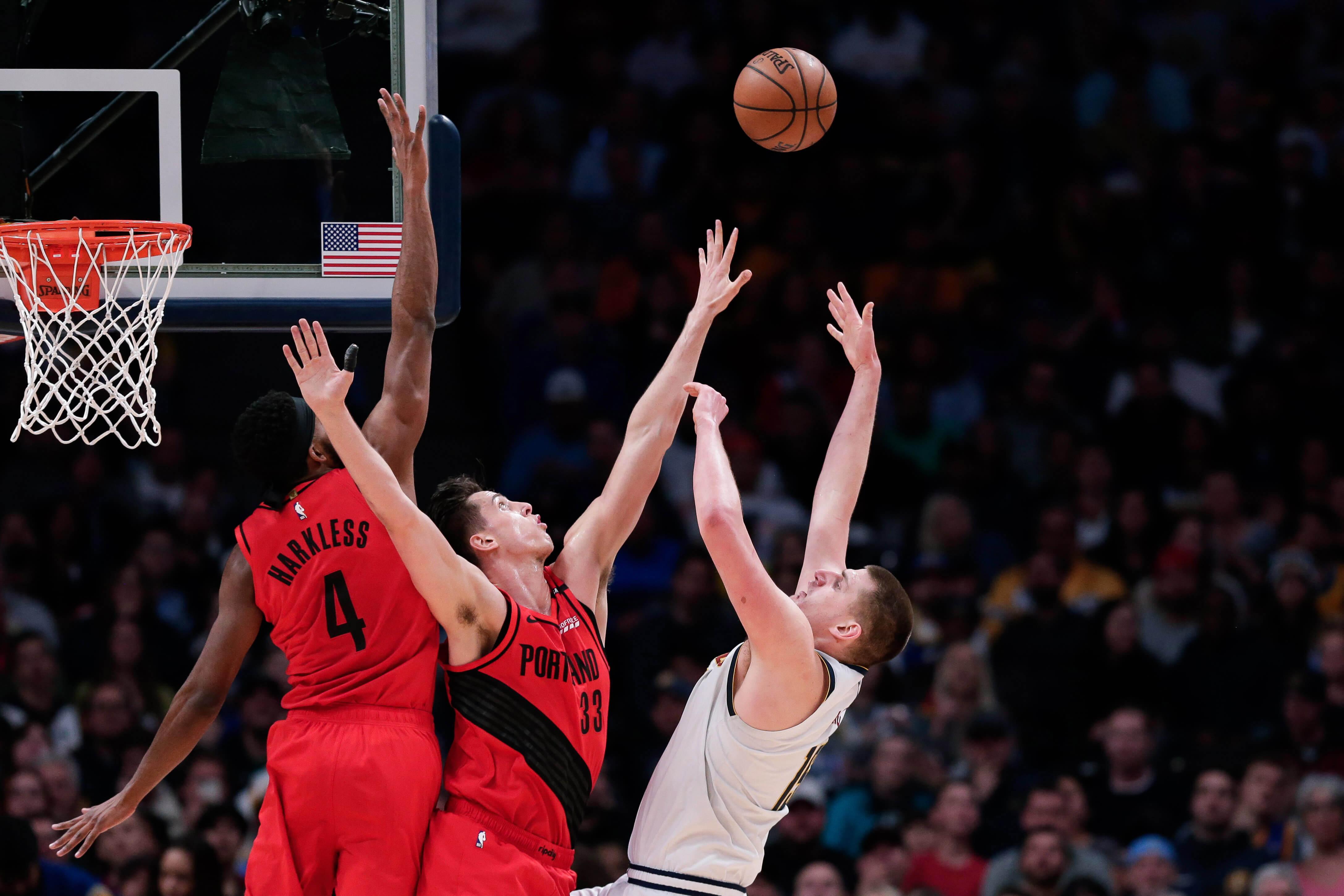 """NBA: """"Έσπασαν"""" την έδρα των Νάγκετς οι Μπλέιζερς – video"""