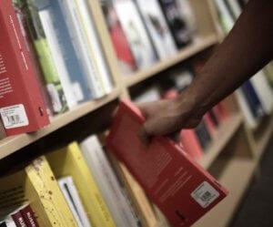 """""""Βρώσιμο"""" βιβλίο δημιούργησε ομάδα συγγραφέων στη Βουλγαρία"""