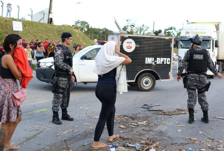 Βραζιλία: Τουλάχιστον 55 κρατούμενοι νεκροί σε τέσσερις φυλακές [pics]