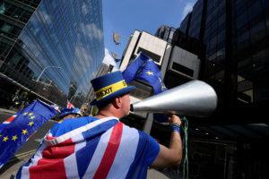 Brexit: Συνεχίζονται οι συνομιλίες ανάμεσα σε κυβέρνηση και Εργατικό Κόμμα
