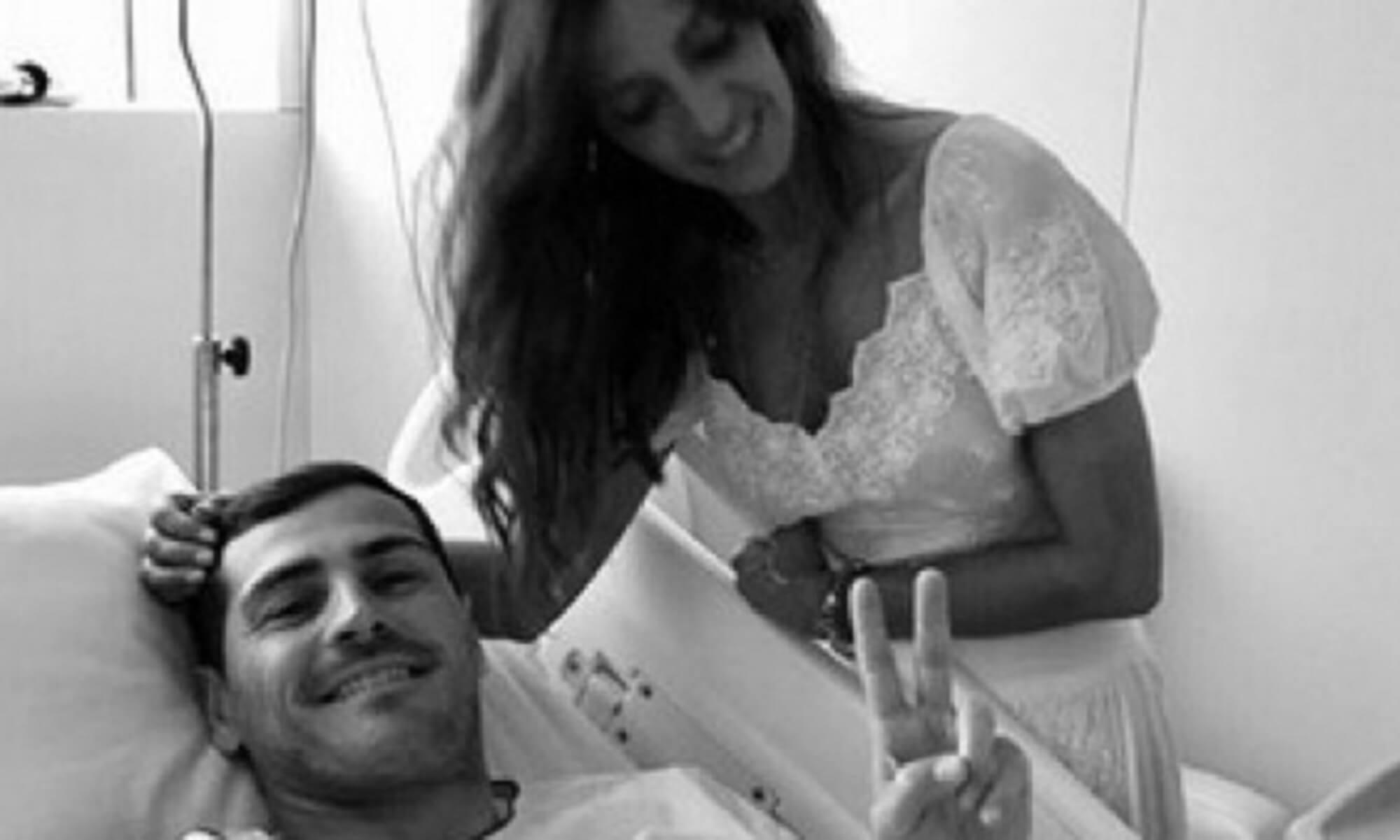 """Κασίγιας: Η φωτογραφία με τη σύζυγο του από το νοσοκομείο – """"Ήταν ένα σοκ"""""""