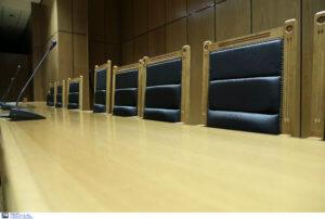 Οργισμένη αντίδραση των εισαγγελέων κατά πολιτικών και δημοσιογράφων