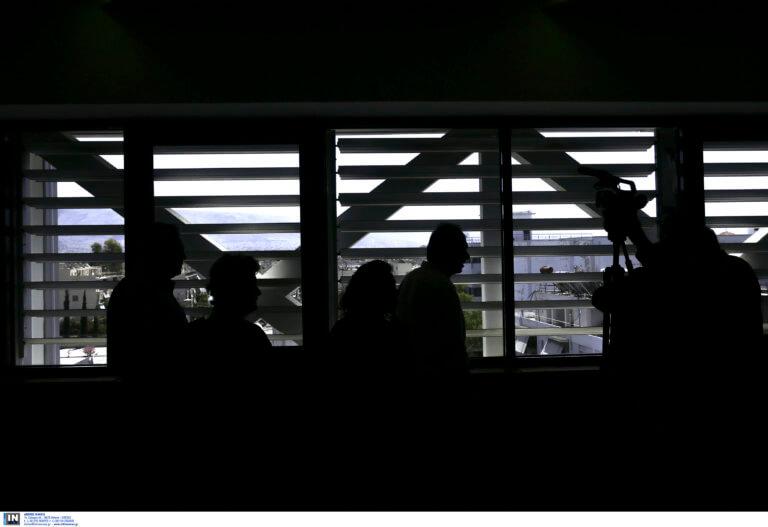 «Μεγάλο αδελφό» στο Δημόσιο καταγγέλλει ο ΣΥΡΙΖΑ