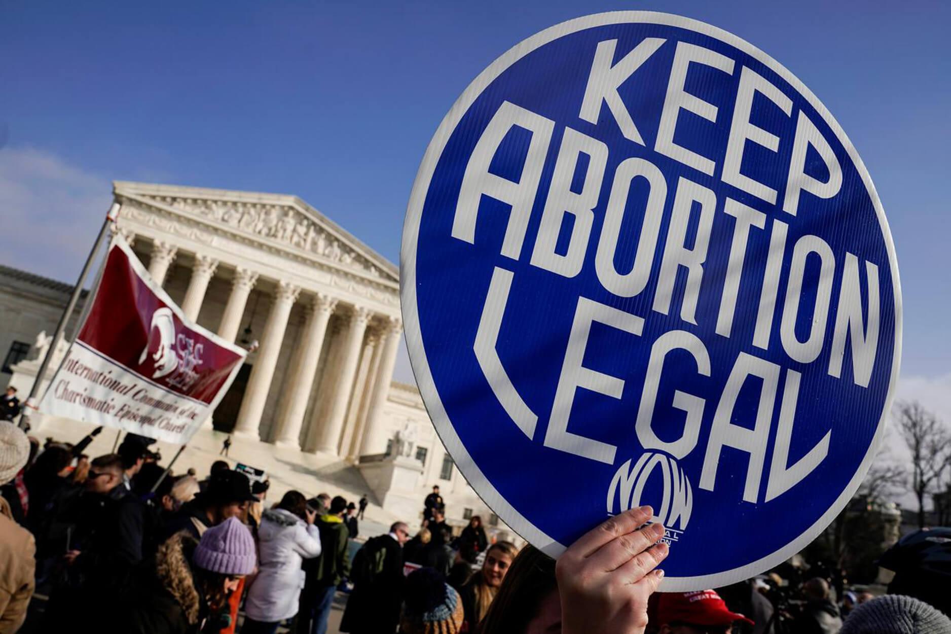 Αλαμπάμα: Αντιμέτωποι με πολυετή φυλάκιση γιατροί... που κάνουν εκτρώσεις! Καμία εξαίρεση για τις περιπτώσεις βιασμών
