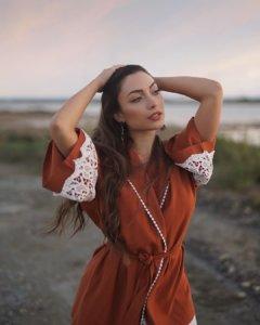 Έλενα Πιερίδου: Η πρωταγωνίστρια του «Τατουάζ» φοράει μπικίνι και είναι σούπερ hot!