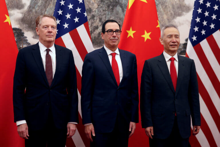Εμπορικός πόλεμος: Καμιά συμφωνία την πρώτη ημέρα των διαπραγματεύσεων ΗΠΑ-Κίνας