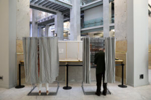 Ευρωεκλογές 2019: Έτρεξαν στις κάλπες οι Ισπανοί – Αυξημένη η συμμετοχή