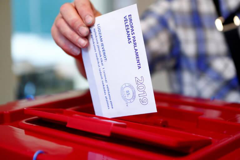 Ευρωεκλογές 2019: Ψηφίζουν 21 χώρες της Ε.Ε – Ανησυχία για την άνοδο της ακροδεξιάς