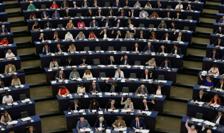 Eυρωεκλογές 2019: Πόσες έδρες κερδίζουν τα κόμματα από κάθε χώρα – Όλες οι εκτιμήσεις