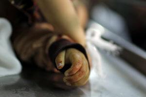 Νεκρό ένα βρέφος και η έγκυος μητέρα του στη Λωρίδα της Γάζας! Διαψεύδει το Ισραήλ και κατηγορεί τη Χαμάς