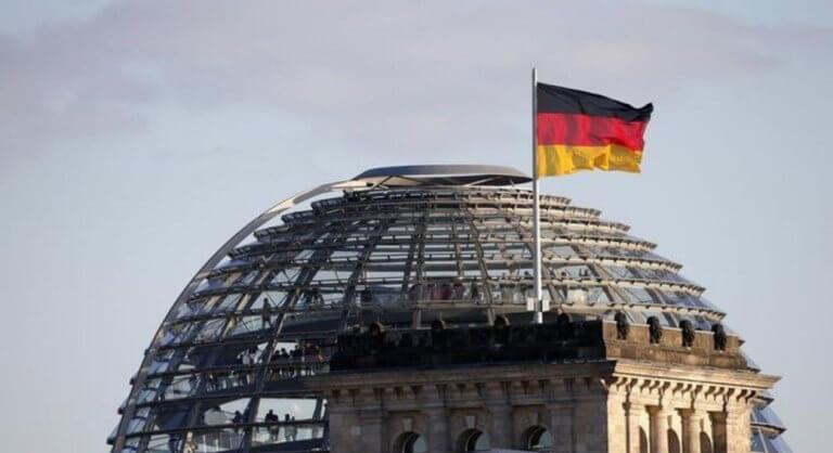 Γερμανία: «Χαμός» ξανά για τον εθνικό ύμνο