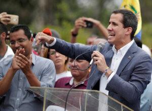 Βενεζουέλα: Στήριξη από τον αμερικανικό στρατό ζητά ο Χουάν Γκουαϊδό – Ξεκινά επαφές