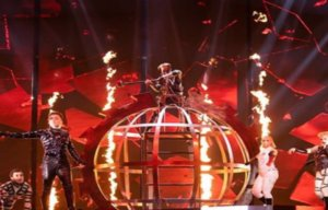 Eurovision 2019: «Η καρδιά της Ευρώπης θα παλουκωθεί» – Το παράνομο τραγούδι της Ισλανδίας – video