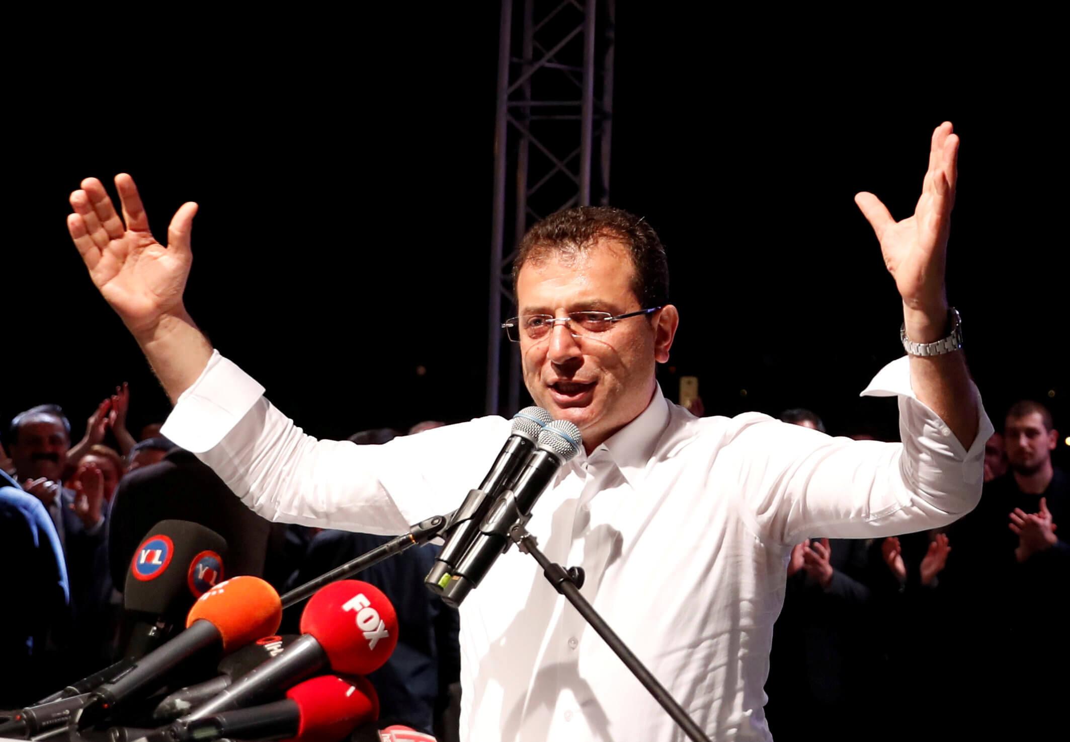 Τουρκία: Ξαφνικό κόψιμο της συνέντευξης του Ιμάμογλου
