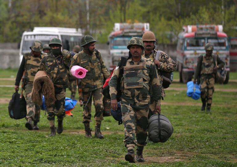 Ινδία: 16 νεκροί από βομβιστική επίθεση μαοϊστών ανταρτών στη Μαχαράστρα
