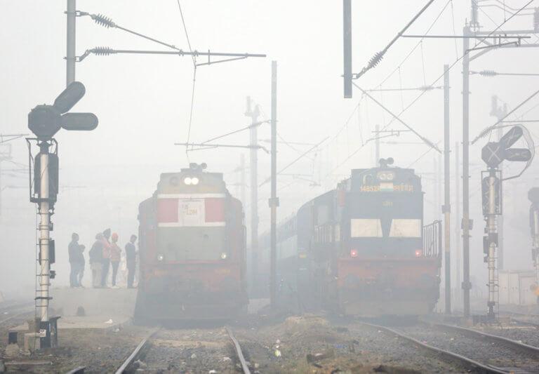 Έβγαζαν selfie και δεν είδαν το τρένο – Τρεις έφηβοι νεκροί στην Ινδία