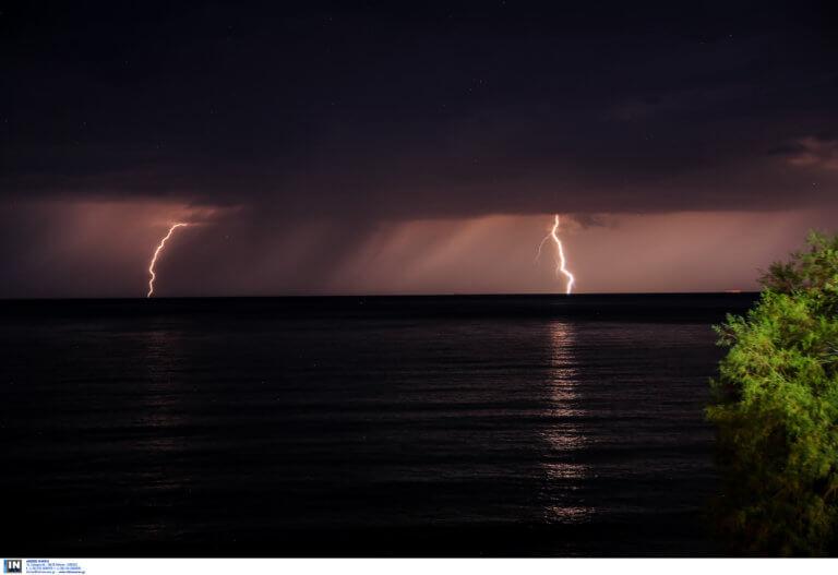 Καιρός: Βροχές και καταιγίδες μέχρι την Παρασκευή προβλέπει το meteo