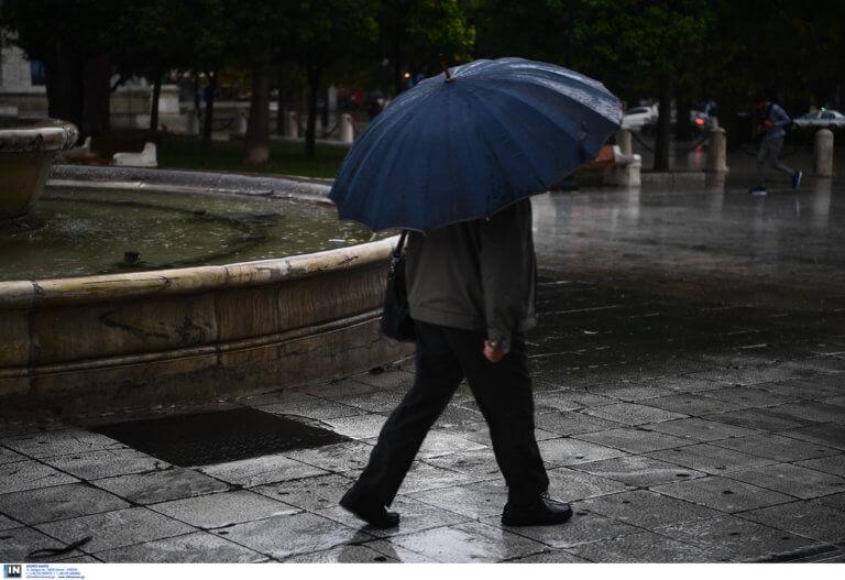 Καιρός: Άστατος με βροχές και καταιγίδες σε πολλές περιοχές